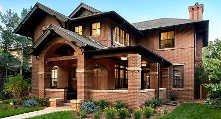 Этапы строительства кирпичного дома и достоинства материала
