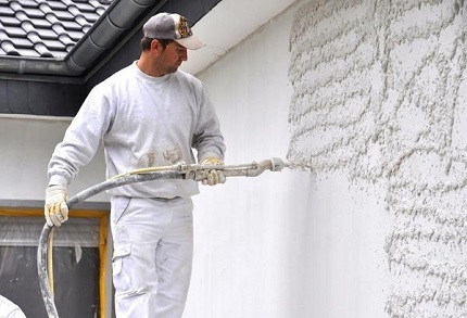Машинная штукатурка стен: правила и особенности работы