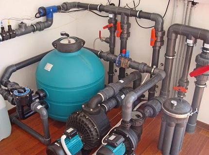 Оборудование бассейна: требования к технике и общепринятые нормы
