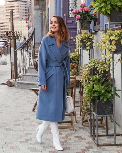 Какие различают модели осенних пальто и какие материалы используют для пошива