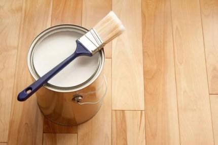 Особенности покраски деревянных изделий и правила, которым необходимо следовать