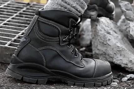 Рабочая обувь для строителя: основные требования и особенности выбора