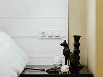 Как правильно выбрать розетку в спальню и в чем ее отличия