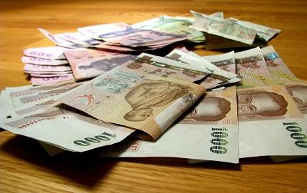 Обменять рубли на Украине: где лучше и как выбрать обменный пункт
