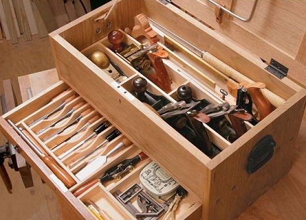 Процесс самостоятельного изготовления ящика для хранения инструментов